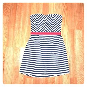 Hot Topic Strapless White&Navy Striped Dress